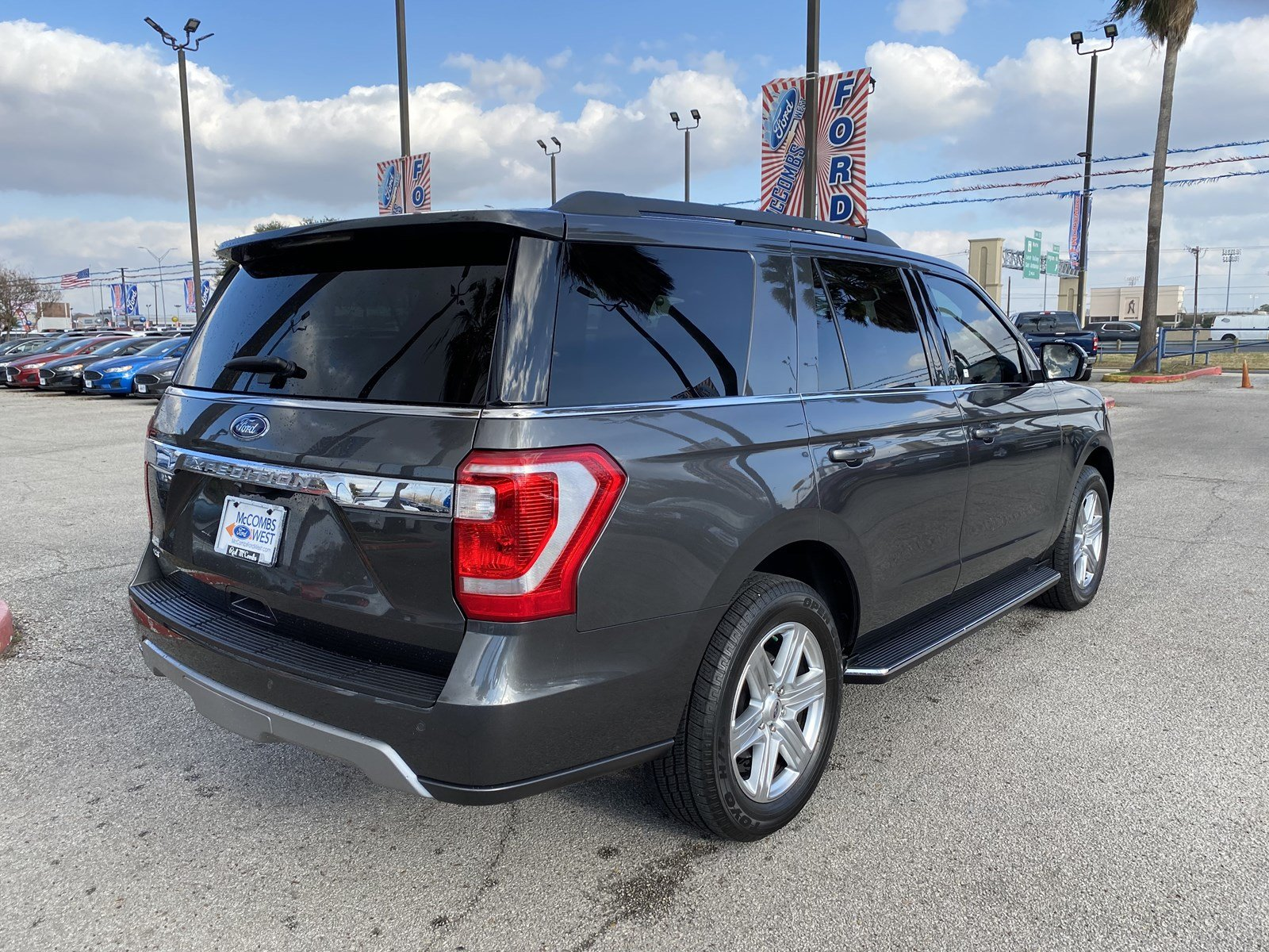 Certified Pre-Owned 2019 Ford Expedition XLT