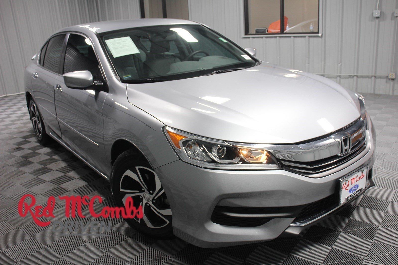 Pre Owned 2017 Honda Accord Sedan Lx