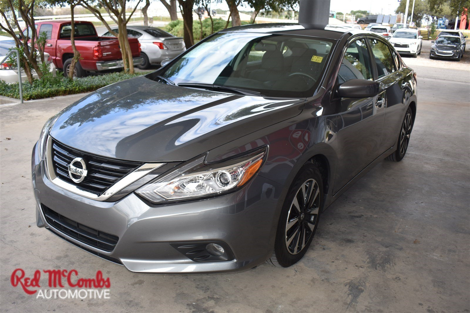 Pre Owned 2018 Nissan Altima 2 5 Sv