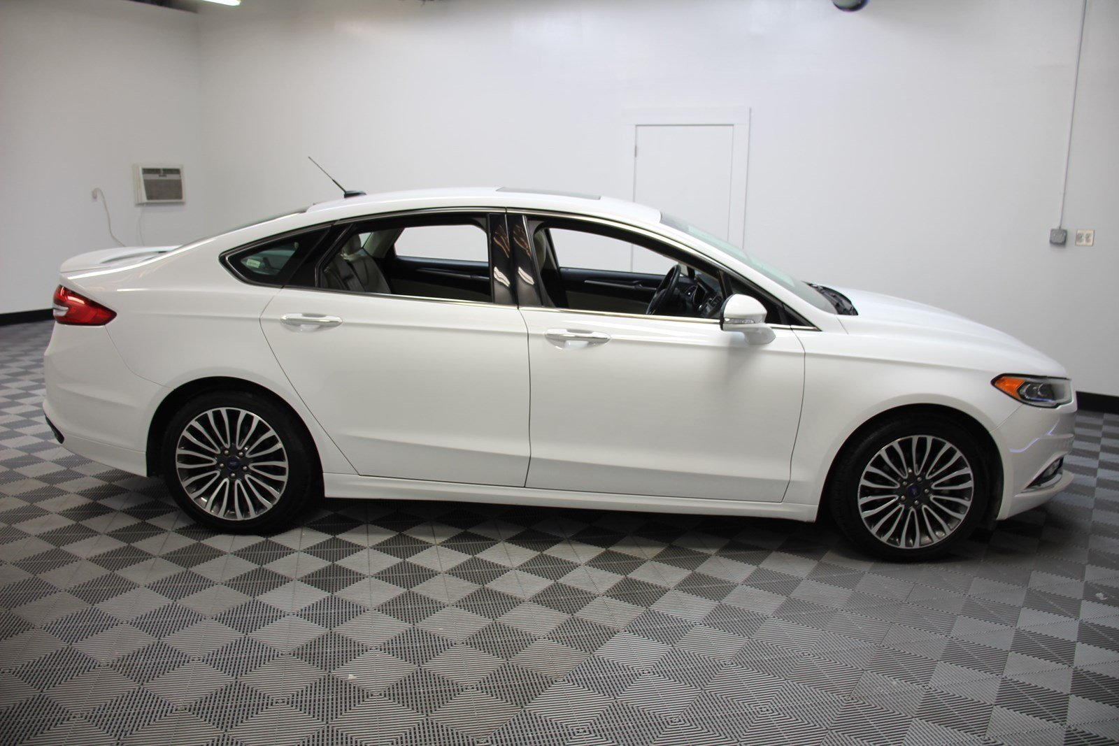 Certified Pre-Owned 2018 Ford Fusion Titanium