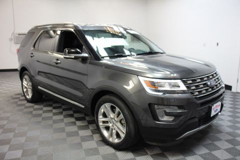 Certified Pre-Owned 2017 Ford Explorer XLT