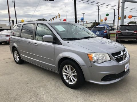 Pre-Owned 2013 Dodge Grand Caravan SXT FWD Mini-van, Passenger