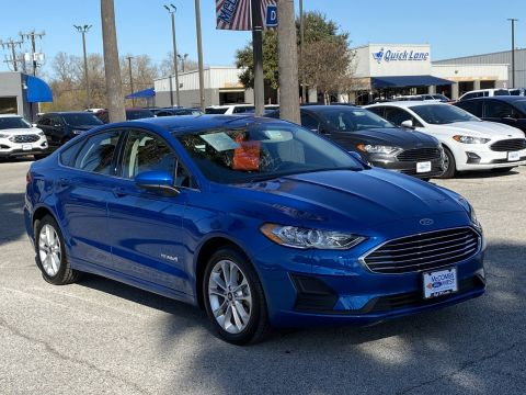 Certified Pre-Owned 2019 Ford Fusion Hybrid SE