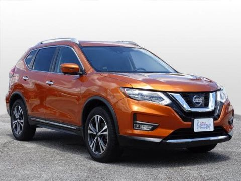 Pre-Owned 2017 Nissan Rogue SL AWD